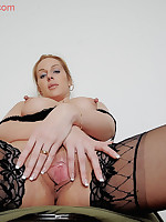 Ashleigh big long nipples and open wide pussy